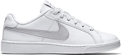 Nike Wmns Court Royale, Scarpe da Tennis Donna, Bianco (White/Metallic Silver 100), 43 EU