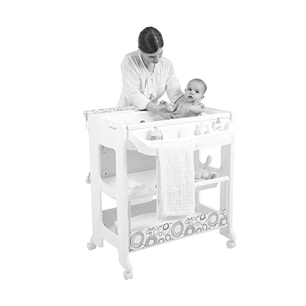 Changing Table Baby Changing Table White Newborn Diaper Station Dresser with Casters Wheels Portable Wood Nursery Organizer for Infant (Color : White) Changing Table ●Size and Safe and Stable- 102 x 82 x 53cm,Suitable for babies weighing less than 25kg,With seat belt,Changing pad has a restraining strap for added safety and is made of easy to clean, soft ●2-in-1 design- Baby changing table can be used as baby massaging table as well. It is designed at the proper height of parent to prevent mom's back aches and pains from kneeling or bending when changing diapers to babies. ●Premium materials - Using high-quality materials for our 2 in 1 infant changing table,Reinforced metal,it is durable and stable for long time daily use,And easy to clean and maintain. 4