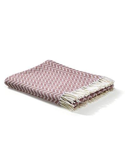 myHomery Decke aus Baumwolle - Tagesdecke leicht & kuschelig - Made IN EU - Wolldecke mit Zick-Zack Muster - Wohndecke Fransen - Kuscheldecke modern und hochwertig - Weiß/Altrosa | 130 x 170 cm