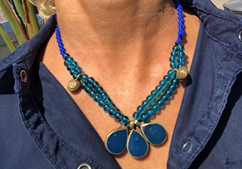 Ethnos Barcelona - Lapislazuli und Glasperlen Halskette Länge: 44 cm.