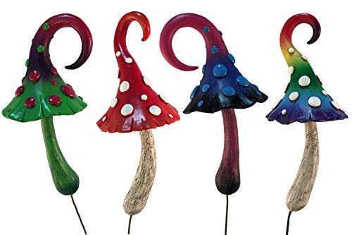 Un reclamo para los amantes de las setas en miniatura es esta colección de hermosas setas encantadas de gran calidad para jardines de hadas y especial para hadas de jardín. Incluye 4 setas en miniatura que atraerán a todo tipo de hadas: Seta Arcoíris...
