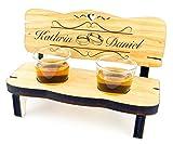Personalisierte Hochzeitsgeschenke für Brautpaar/Hochzeitsbank mit Schnapsgläsern - Individuelles Geschenk zur Hochzeit/zum Jahrestag aus Holz