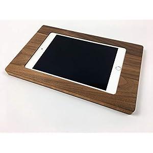 NobleFrames Tablet Halterung für iPad mini 4 und iPad mini 5 aus Nussholz
