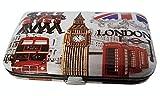 Anche la famiglia reale come questo souvenir Londra tutti manicure set. well, maybe not, ma il set è davvero completo è adatto per un principe. Ci piace il fatto che vanta due tagliaunghie, un Pusher cuticola, lima in metallo, durevole, e anc...