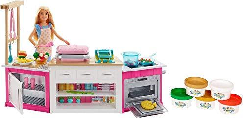 Barbie cucina da sogno con bambola, 5 aree di gioco, pasta modellabile, luci e suoni, giocattolo per bambini 4 + anni, frh73