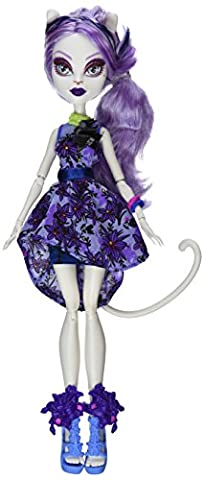 Monster High Shirts - Monster High Gloom and Bloom Catrine DeMew