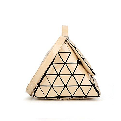 Borsa Geometrica 2017 Piramide Opaco Lucido Il Sacchetto Di Forma Triangolare Borsa Femmina Moda La Personalità Il Temperamento Signora Casuale Sacchetto Beige