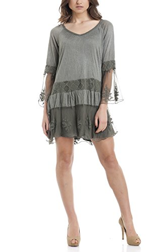 laura-moretti-dress-with-lace-embroidery-and-sequins