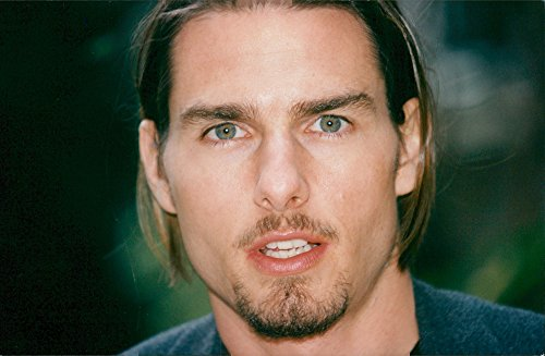 vintage-photo-of-portrait-photography-in-the-american-actor-tom-cruise