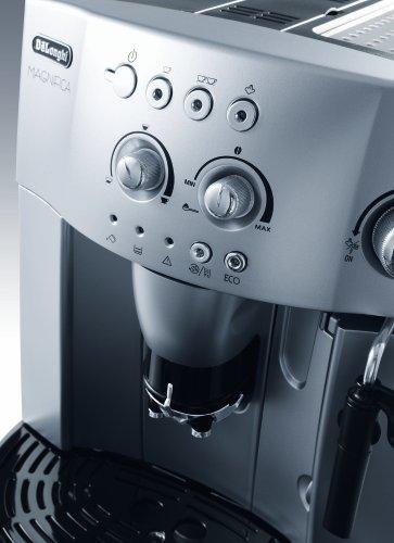 De'Longhi Magnifica, Automatic Bean to Cup Coffee Machine, Espresso, Cappuccino, ESAM 4200.S, Silver