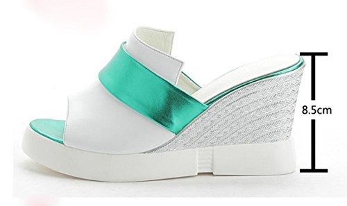 Sandales et pantoufles pente femelle avec des pantoufles à talons hauts mince le mot pantoufles plat glisseraient White