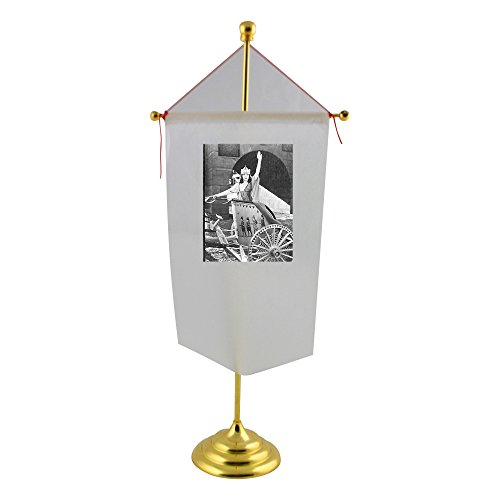 table-flag-with-woman-in-chariot