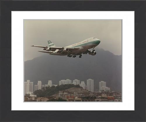 framed-print-of-boeing-747-of-cathay-pacific-over-kai-tak-airport-hong-kong