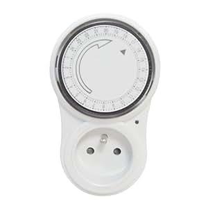 IDK PMTF-16A Programmateur mécanique 24 h Blanc