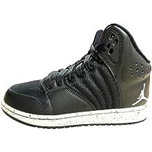 Nike Black / Mtlc Gold-black, espadrilles de basket-ball garçon