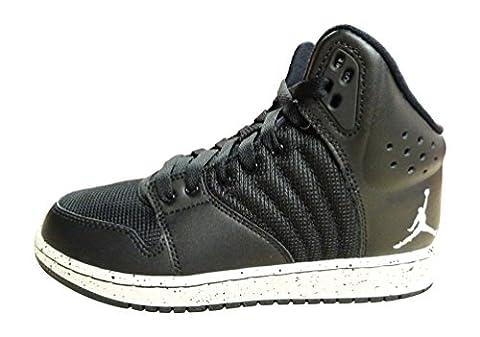 Nike Black / Mtlc Gold-black, Chaussures spécial basket-ball pour garçon