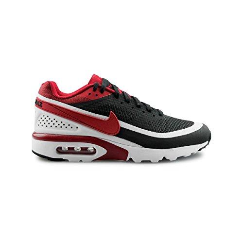 Nike, Herren Sneaker Schwarz / Rot