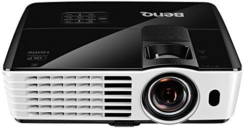 TH682ST Kurzdistanz 3D DLP-Projektor (3D 144Hz Triple Flash, Full HD 1920x1080 Pixel, Kontrast 10.000:1, 3.000 ANSI Lumen, HDMI, Lautsprecher) schwarz