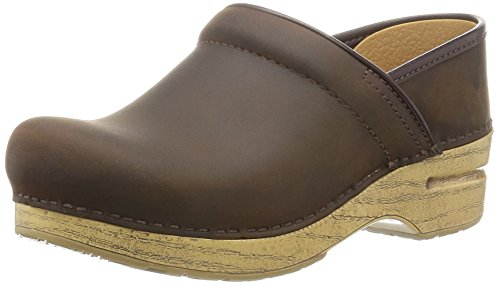 dansko-professional-antique-brown-oil-mule