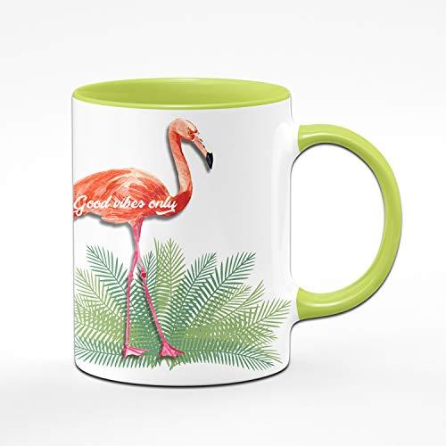 Tassenbrennerei Flamingo Tasse mit Spruch Good Vibes only – Bürotasse, Geschenk für Kollegin Tassen mit Sprüchen (Grün)
