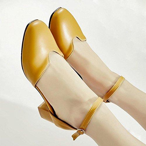 sandales d'été rétro avec une épaisseur avec des chaussures de boucle de mot tête ronde femmes sandales Baotou Yellow