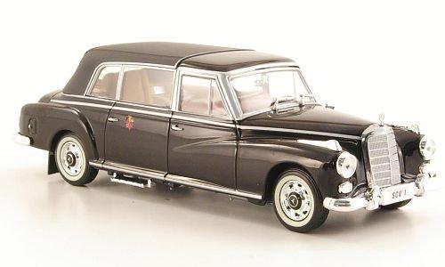 Mercedes 300d Landaulet (W189), Stadtstaat Vatikan, 1960, Modellauto, Fertigmodell, Norev 1:43 - Vatikan-modell