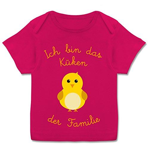 Küken Mädchen T-shirt (Shirtracer Sprüche Baby - Küken der Familie - 80-86 (18 Monate) - Fuchsia - E110B - Kurzarm Baby-Shirt für Jungen und Mädchen in verschiedenen Farben)