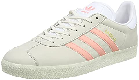adidas Gazelle, Baskets Basses Femme, Gris (Chalk White/Still Breeze/Footwear White), 40 EU