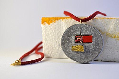 collana-donna-ciondolo-grande-tondo-mosaico-rosso-e-oro-collezione-momento