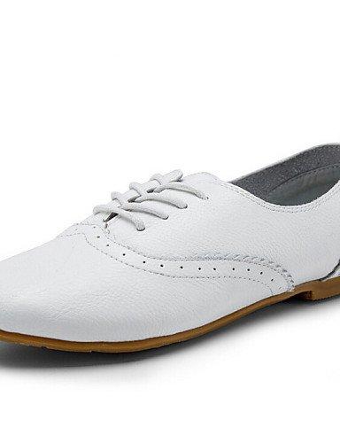 ZQ 2016 Scarpe Donna - Stringate - Formale / Casual - Stivaletto / Punta arrotondata / Chiusa - Piatto - Di pelle - Bianco , white-us8.5 / eu39 / uk6.5 / cn40 , white-us8.5 / eu39 / uk6.5 / cn40 white-us5.5 / eu36 / uk3.5 / cn35