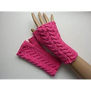 Armstulpen Pink mit Tulpen-Zopfmuster aus Baumwolle handgestrickt