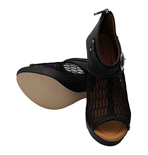 Do Bhai Stylish Bahubali Block Heel Sandal For Women