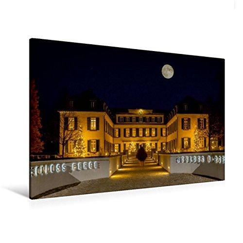 Calvendo Premium Textil-Leinwand 120 cm x 80 cm quer, Schloss Berge im Mondschein | Wandbild, Bild auf Keilrahmen, Fertigbild auf echter Leinwand. Gelsenkirchener Wahrzeichen Orte Orte