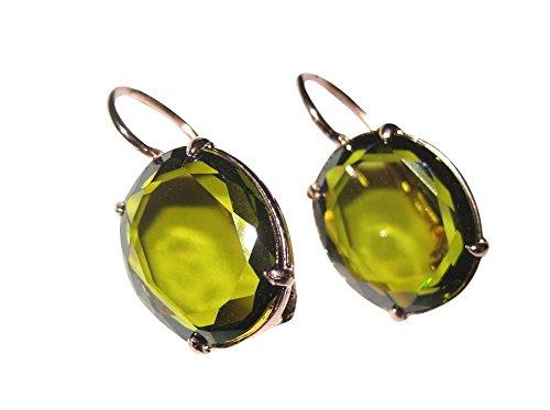 Brillante in den Tag: Ovale rotvergoldete orecchini con un olivgruenen Stein