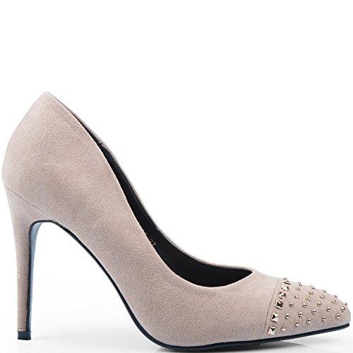 Ideal Shoes - Escarpins effet daim incrustés de strass et de clous Alicie Beige