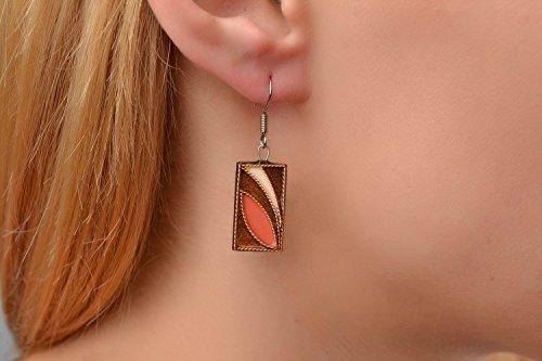 boucles-oreilles-pendantes-faites-main-en-bois-bijou-tendance-cadeau-pour-femme