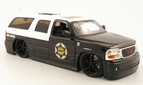 gmc-yukon-denali-tuning-state-trooper-polizei-us-2002-modellauto-fertigmodell-jada-124
