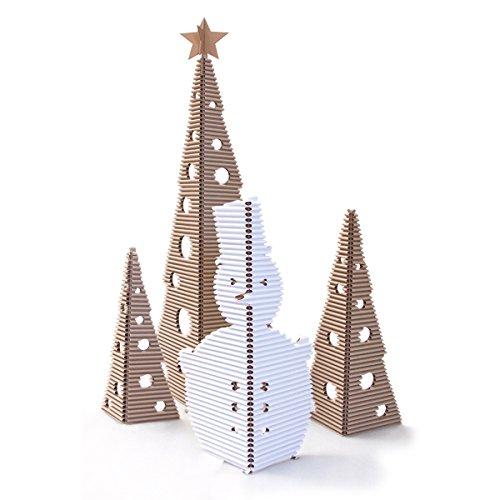 Set natale di cartù è composto da 3 alberi, una stella ed un pupazzo di neve in cartù. altezza albero grande: 1.6m, albero medio: 95,5cm, albero piccolo: 74,5cm, pupazzo di neve: 92cm. colore: avana