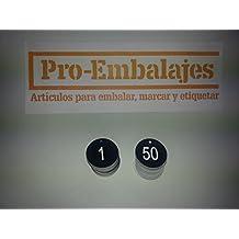 Juego de 50 fichas para guardarropas, en 35 mm. de diámetro, en Negro y texto Blanco, numeradas del 1 al 50.