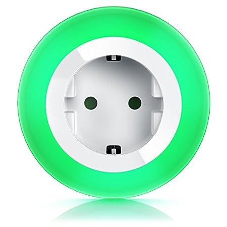 CSL – Nachtlicht mit Steckdose Orientierungslicht Nachtlampe – integrierter Helligkeits- Dämmerungssensor – Soft-Touch-Taste für Farbeinstellung – drei wählbare LED-Farben – integrierter Berührungsschutz