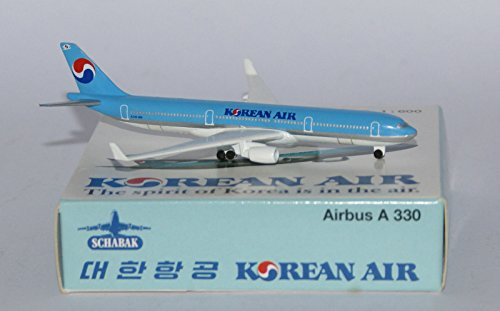 schabak-airbus-a330-323-x-korean-air-in-massstab-1-600