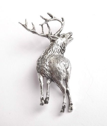stag-birds-nature-badge-hand-made-from-solid-pewter-in-the-uk