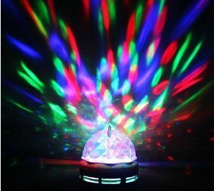 Playlearn - LED Full colour Crystal Auto Rotating Disco DJ Stage Light Bulb with Bayonet or Screw B22 E27 Auto or Sound Activated - 12 MONTHS NO QUIBBLE GUARANTEE - BY PLaylean