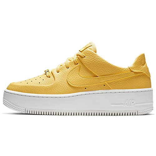 Nike W Af1 Sage Low, Scarpe da Basket Donna, Multicolore Topaz Gold/White 700, 39 EU