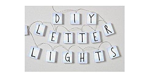 Guirnalda 20 cubos luminosos LED 90 letras intercambiables