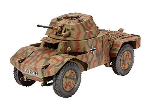 Revell Modellbausatz Panzer 1:35 - Armoured Scout Vehicle P204(f) im Maßstab 1:35, Level 4, originalgetreue Nachbildung mit vielen Details, 03259