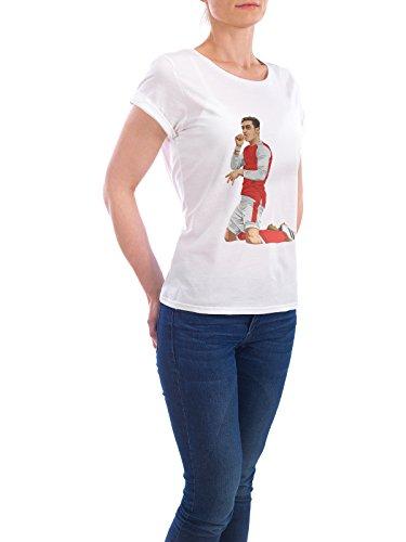 """Design T-Shirt Frauen Earth Positive """"Iconic Celebration"""" - stylisches Shirt Sport / Fußball Menschen von Muhammad Siddik Weiß"""