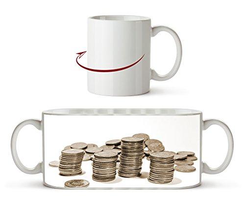 Stapel Münzgeld Effekt: Sepia als Motivetasse 300ml, aus Keramik weiß, wunderbar als Geschenkidee oder ihre neue Lieblingstasse. (Dollar Radiergummi)