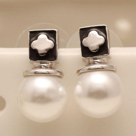 Perla di Faux ortogonalit¨¤ inciso vite prigioniera del trifoglio orecchini, Orecchini perla per le donne, (Perla Del Trifoglio)