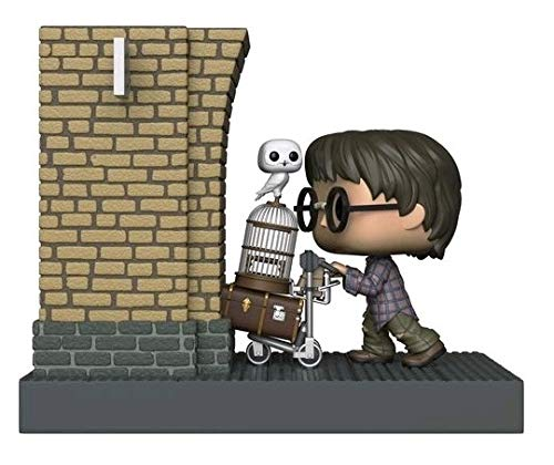 Funko Movie Moments - Harry Potter Entering Platform 9 3 / 4 US Exclusive Pop! Vinyl.